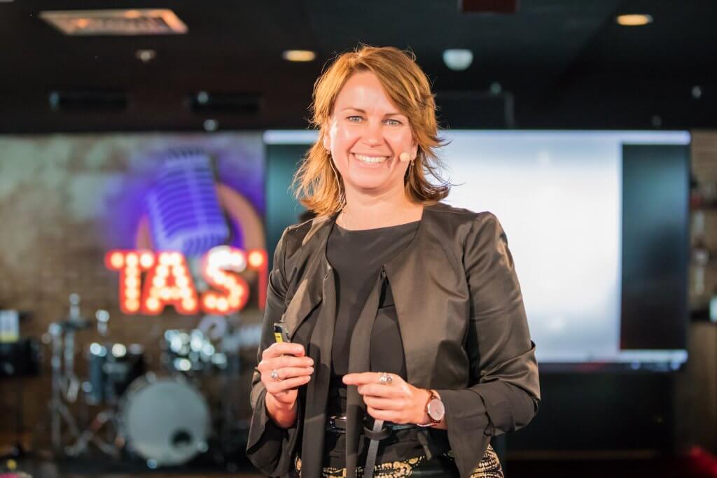 Danielle de Jonge spreker klantgerichtheid netwerken acquisitie verkopen relatiebeheer Invest in Holland Masterclass © Verkijk