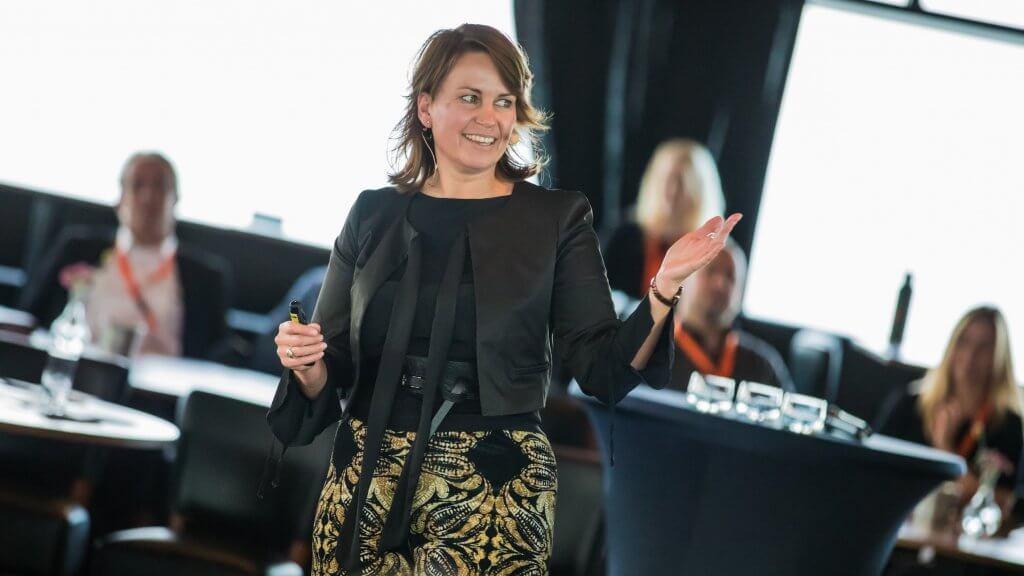presentatie masterclass extreem klantgericht klantgerichtheid acquisitie netwerken verkopen relatiebeheer Invest in Holland Masterclass | © Verkijk