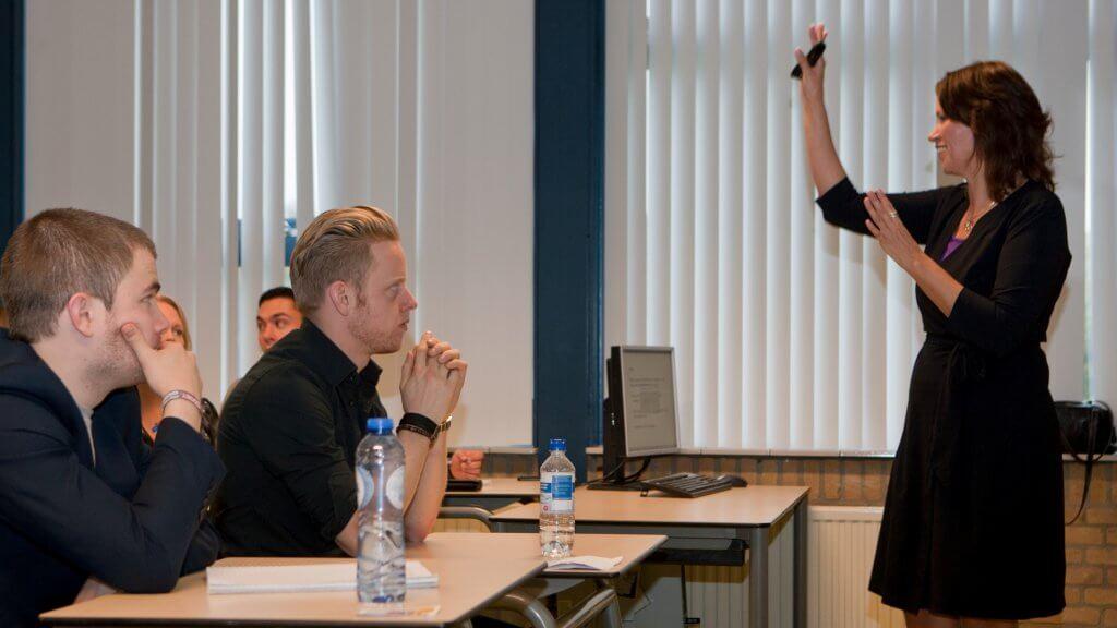 presentatie masterclass overtuigend communiceren overtuigingskracht klantgerichtheid verkopen